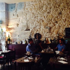 Photo taken at Auberge Saint Roch by Ga young on 8/19/2014