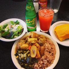 Photo taken at Natraliart Jamaican Restaurant by Miriam W. on 9/22/2013