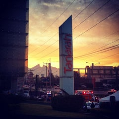 Photo taken at Plaza Tanarah by Alejandro C. on 1/27/2013