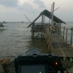 Photo taken at Pantai tanjung kait by benedictus h. on 7/20/2014