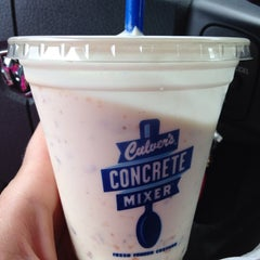 Photo taken at Culver's by Kyla E. on 8/29/2014