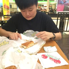 Photo taken at SUBWAY by Jowyn . on 9/17/2015