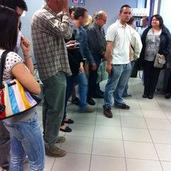 Photo taken at Oficina de empleo de la comunidad de Madrid by Fer on 4/17/2013