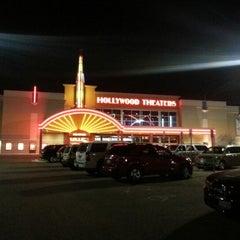 Photo taken at Regal Cinemas Laredo 14 by zenka e. on 12/29/2012