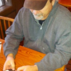 Photo taken at Cracker Barrel Old Country Store by linda p. on 1/16/2013