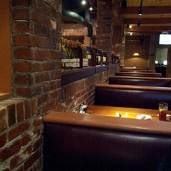 Photo taken at Uno Pizzeria & Grill - Waltham by George D. on 10/2/2012