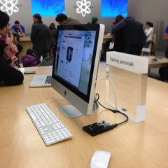 Photo taken at Apple Store, Campania by Marco B. on 11/20/2012