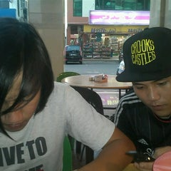 Photo taken at Restoran Sinar Bayu by Sid V. on 9/21/2012