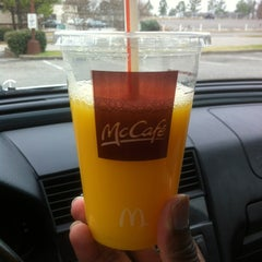 Photo taken at McDonald's by Simplyshun® . on 12/23/2012