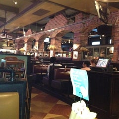 Photo taken at Uno Pizzeria & Grill - Columbia by Sonja on 6/16/2012