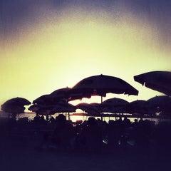 Photo taken at Frishman Beach (חוף פרישמן) by Dor H. on 7/15/2012