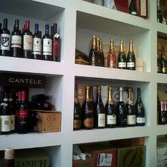 Photo taken at Vino Panino & Co. by Yannick Q. on 8/4/2012
