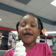 Photo taken at Burger King® by Atarah M. on 8/24/2012