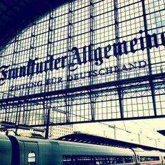 Photo taken at Frankfurt (Main) Hauptbahnhof by Michael U. on 4/19/2013