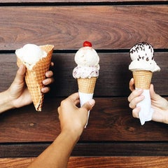 Photo taken at Ice Cream Jubilee by Hannah W. on 8/7/2015