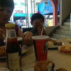 Photo taken at KFC by Ann Cerill M. on 6/29/2015
