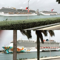 Photo taken at Port Of Miami - Carnival Cruise by Olivier V. on 8/2/2015