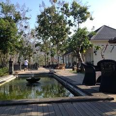 Photo taken at Plataran Borobudur Resort & Spa by Devi R. on 9/29/2012