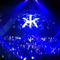 Photo taken at Hakkasan Las Vegas Nightclub by Jenny T. on 5/30/2013