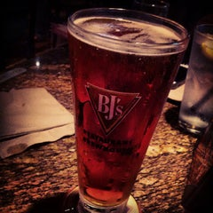 Photo taken at BJ's Restaurant and Brewhouse by Charlie W. on 7/28/2013