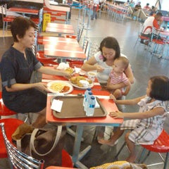 Photo taken at KFC by arie s. on 7/27/2014