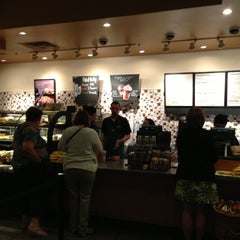 Photo taken at Starbucks by Henry C. on 5/19/2013