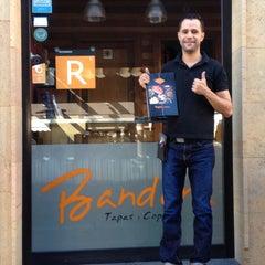 Photo taken at Restaurante Bandera by Sammyvvw V. on 2/21/2015
