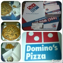 Photo taken at Domino's Pizza by Dideth R. on 4/14/2013