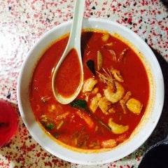 Photo taken at BJ Tomyam & Seafood by Siti A. on 9/4/2015
