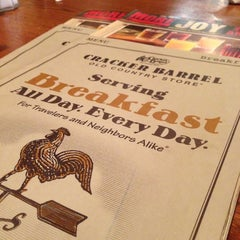 Photo taken at Cracker Barrel Old Country Store by Daniel R. on 12/17/2012