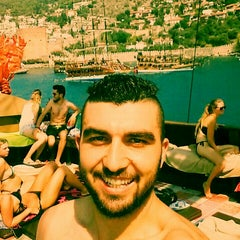 Photo taken at Pirates of Alanya by Derviş Ç. on 8/13/2015