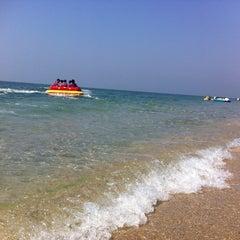 Photo taken at หาดบางแสน (Bang Saen Beach) by Linda C. on 1/9/2013