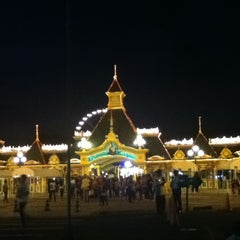 Photo taken at Enchanted Kingdom by Marvee Lou M. on 1/27/2013