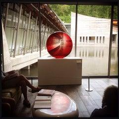 Photo taken at Crystal Bridges Museum of American Art by Bryan J. on 5/11/2013