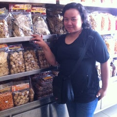 Photo taken at Merlino Bakery, Tart & Bakpia by Chelsea M. on 12/5/2013