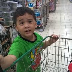 Photo taken at Giant Hypermarket by akmaldiya on 8/16/2014