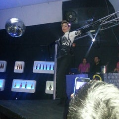 Photo taken at Purple discoteca by Juan Esteban M. on 4/7/2013