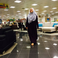 Photo taken at Harvey Norman by Nor A. on 8/8/2015