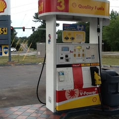 Photo taken at Shell Gas Station by LA Lynn's on 7/28/2012