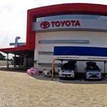 Photo taken at TOYOTA PT Setiajaya Mobilindo by B I. on 6/17/2014
