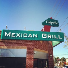 Photo taken at Chipotle Mexican Grill by Brad J. on 10/16/2012