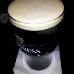 Photo taken at Rí Rá Irish Pub by Shawna S. on 11/18/2012