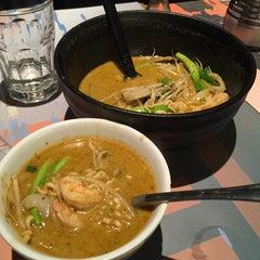 Photo taken at Giraffe Asian Food (ג'ירף) by Dima B. on 8/30/2015