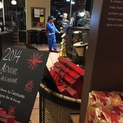 Photo taken at Starbucks by Devans00 .. on 11/11/2014