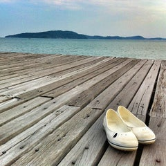Photo taken at ระยอง รีสอร์ท (Rayong Resort) by POP B. on 2/25/2013