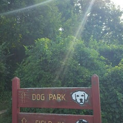 Photo taken at Oakton Dog Park by Mark P. on 8/29/2015