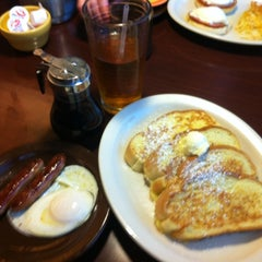 Photo taken at Village Inn by K S. on 9/13/2014