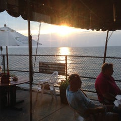 Photo taken at Hoak's Lakeshore Restaurant by Mary W. on 8/30/2013