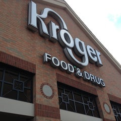 Photo taken at Kroger by Dan M. on 8/6/2013