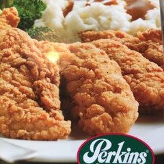 Photo taken at Perkin's Restaurant by Sylvia P. on 5/28/2015